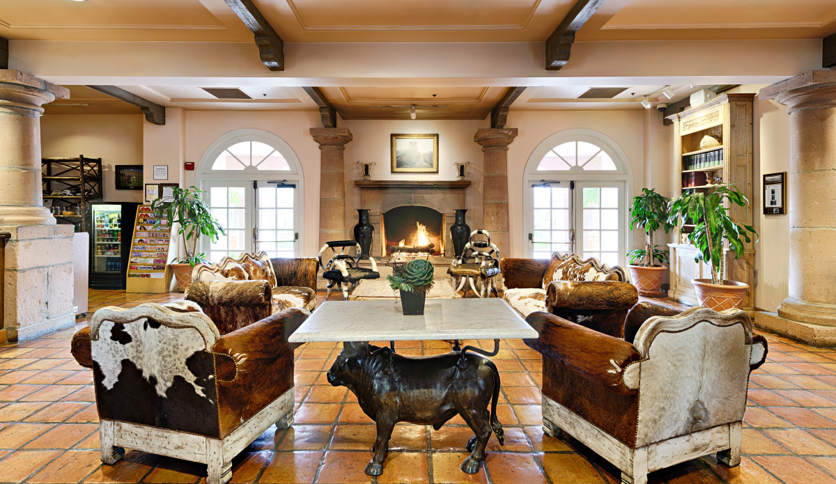 Lobby of the Harris Ranch Inn. Western=style decor and roaring fire