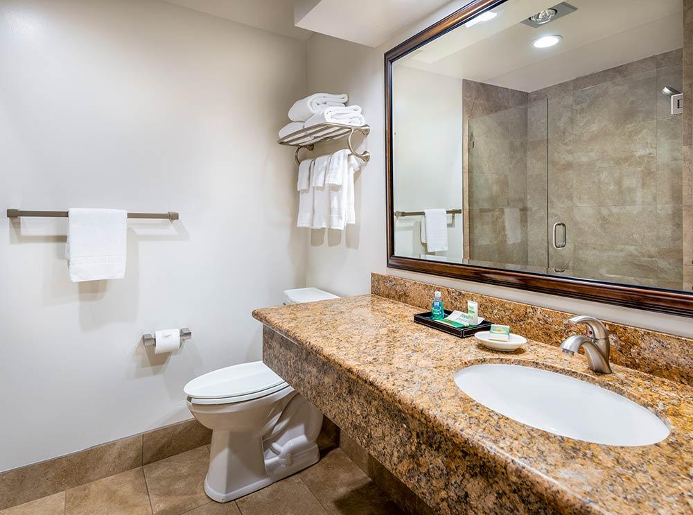 Standard bathroom in guest rooms at the Harris Ranch Inn