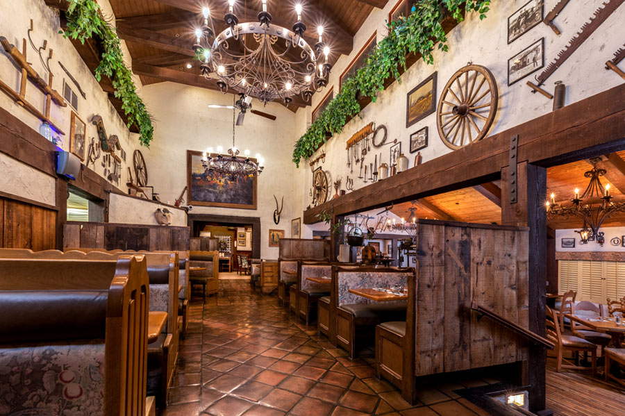 Ranch Kitchen at Harris Ranch Inn and Restaurant. Six booths with a traditional Western theme