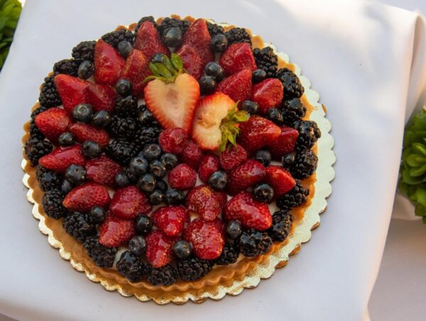 Large Fruit Tart