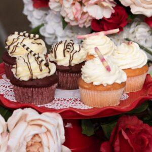 6 Cupcake Special